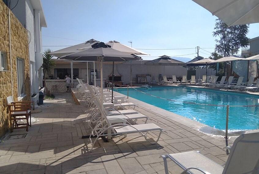 Ξενοδοχείο Marzi Beach & Bungalows